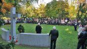 Gedenkfeier am Vertriebenen-Denkmal auf dem Karlsruher Hauptfriedhof