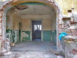 Der grüne sanitäre Anstrich im Eingangsbereich war typisch im Kommunismus