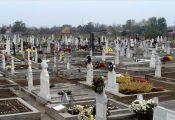 Gräber auf dem Neugässer Friedhof an Allerheiligen