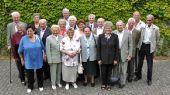 Gruppenbild mit ehemaligen Deportierten aus der Ortschaft Fetesti