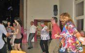 Bei der Tanzparty, angeheizt von DJ Gerry