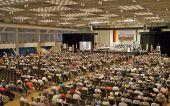 Kundgebung in der Donauhalle