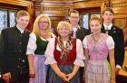 Die Familie Anneliese Walchetseder anlässlich der Verleihung des Goldenen Ehrenzeichens am 13. Mai 2014