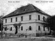 Zu Ostern 1909 wurde im Trompeter in Billed eine kinomatografische Vorstellung gegeben: Das Leben und Leiden Jesus Christus. Eintritt: zwei Kreuzer oder zehn Kolben Kukuruz.