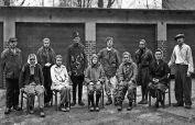 Von den Sowjets aussortierte Arbeitsunfähige und kranke Zwangsarbeiter, darunter 9 aus dem Banat, nach ihrer Ankunft über Frankfurt/Oder in einem Übergangslager im Herbst 1946